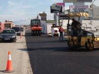 Girne'de yol genişletme ve asfalt çalışması