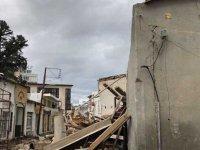 Bina çöktü işçiler canını zor kurtardı
