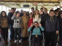 Meral Akıncı, özel eğitim merkezleri ile yaşlı bakım evlerini ziyaret etti