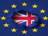 Brexit depremi sonrası sterlinde sert düşüş