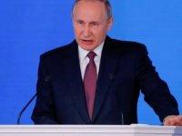 """Putin: """"Sınırsız menzile sahip füze geliştirdik"""""""