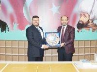 Prof.Dr. Mustafa Sağsan ile Öğretim Görevlisi Tijen Zeybek'ten Bursa Yıldırım Belediyesi Çalışanlarına Seminer