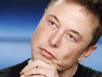 """Elon Musk: """"2008'de iflasın eşiğinden döndüm"""""""