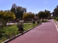 LTB Ortaköy ve Taşkınköy'deki parkların yürüyüş yollarını yenilendi