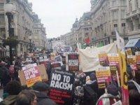 Londra'da ırkçılık karşıtı gösteri