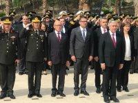 18 Mart Şehitleri ve Çanakkale Zaferi'nin 103'üncü yıldönümünü anma törenleri yapıldı