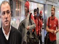 Türk Milli takımına protestolu karşılama