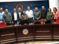 Türkiye'nin en ünlükimyagerlerinden Prof. Dr. Oğuz Okay DAÜ'de öğrencilerle buluştu
