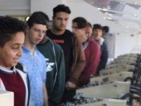 Atatürk Meslek Lisesi öğrencileri DAÜ'yü ziyaret etti