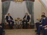 Cumhurbaşkanı Akıncı Hatay Büyükşehir Belediye Başkanı ve işadamlarını kabul etti