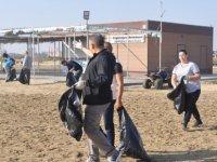 Gazimağusa Belediyesi Glapsides Plajı ve bölgesinde temizlik etkinliği düzenledi