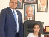 Gazimağusa Belediyesi makamı anlamlı günde çocuklara emanet edildi