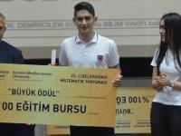 DAÜ Matematik Yarışması'nı 19 Mayıs Türk Maarif Koleji kazandı