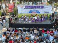 Doğu Akdeniz Doğa Okulları ve Gazimağusa Belediyesi katkılarıyla 23 Nisan Şöleni düzenlendi