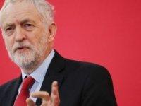 İngiltere'de yerel seçimler İşçi Partisi lideri Jeremy Corbyn'nin yelkenlerini şişirecek mi?