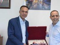 LTB Başkanı Harmancı, Filistin Hindaza Belediyesi Başkanı Alibayat ile görüştü