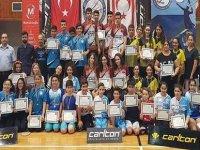 Badminton'da YDÜ çifte şampiyon