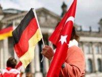 Türkiye'den Almanya'daki seçim kampanyası yasağına eleştiri