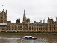 İngiltere'de hükümete Rusya suçlaması