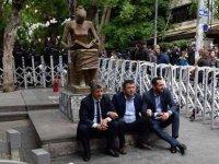İnsan Hakları Anıtı bir yıldır tutuklu