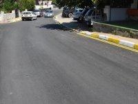 Girne'de bordür boyama ve yol çizgileri yenileme çalışmaları sürüyor