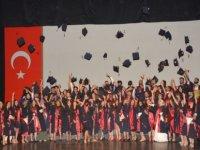 YDÜ sağlık bilimleri fakültesi mezuniyet töreni gerçekleştirildi