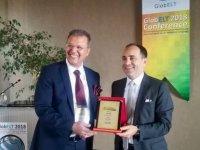 GLOBELT Konferansının Açılış KonuşmasınıTürkiye'nin Sırbistan Büyükelçisi TanjuBilgiç'e Plaket Verildi…