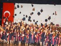 YDÜ Hukuk Fakültesi 2017-2018 Bahar Dönemi Mezuniyet Töreni Gerçekleştirildi