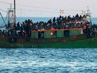 İçinde 150 mültecinin bulunduğu bir tekne Pirgo kıyılarına ulaştı