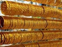Altının ons fiyatı bir yılın en düşük seviyesinde