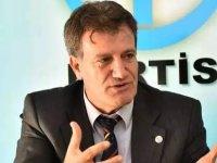 YDP'nin Cumhurbaşkanı adayı resmen Prof.Dr. Erhan Arıklı