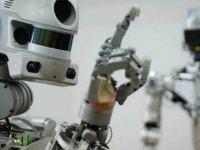 Rusya'nın 'terminatör' robotu FEDOR, uzaya çıkmaya hazırlanıyor