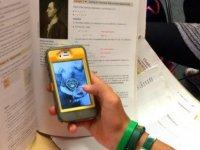 Okulda akıllı telefonlara yasak