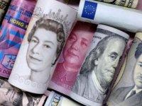 Döviz yine rahat durmadı: Dolar, euro ve sterlin atağa geçti