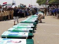 Yemenli çocuklar için toplu cenaze düzenlendi
