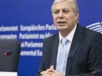 """Hristoforu'dan """"Kıbrıslı Göçmenler"""" konusunda Tajani, Tusk ve Juncker'e mektup"""