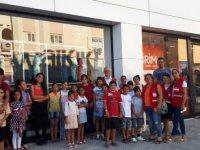 Kuzey Kıbrıs Türk Kızılayı'ndan 133 çocuğa bayram sevinci