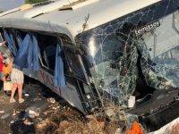 Muğla'da tur otobüsü şarampole devrildi
