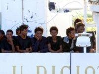 İtalya'da gemide bekletilen göçmenler açlık grevine başladı