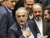 İran Ekonomi Bakanı azledildi