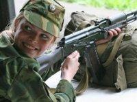 Bazı kadınlar Askere gitmek için başvuru yapacak!