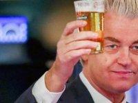 Pakistanlı kriketçi Hollandalı aşırı sağcı Wilders'in başına ödül koydu