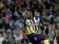 Usain Bolt profesyonel futbol kariyerine fırtına gibi başladı