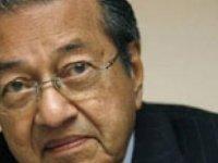 Malezya Başbakanı: Lezbiyenlere şiddet uygulamak İslam'ı kirletiyor