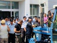 Hayvancılar Birliği'nin eylemi Türkiye basınında yankı buldu