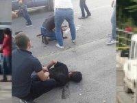 'Ben şeytanım' deyip duraktakilere saldırdı: 2 kişi öldü