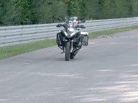 Bu motosikletin sürücüsü yok!