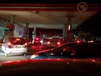 SON DAKİKA: Benzin İstasyonlarına Akın Var
