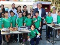ŞHT Osman İlkokulu 5. sınıf öğrencileri okullarının ihtiyaçları için kermes düzenledi