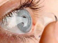 """Kontakt lens kullananlara uyarı: """"Bunlara dikkat etmezseniz kör olabilirsiniz"""""""